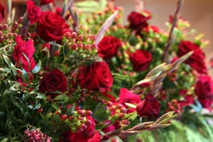 wedding roses cranberries