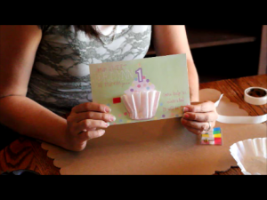 3D Cupcake Invitation Tutorial