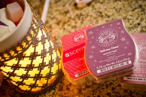 Finding my Fall Fragrance–A Scentsy Giveaway!