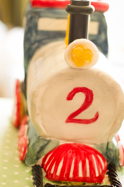 how to make a train cake-9128