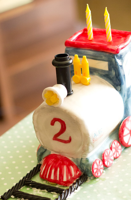how to make a train cake-9129
