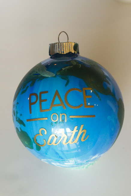 peace on earth DIY ornament-9804