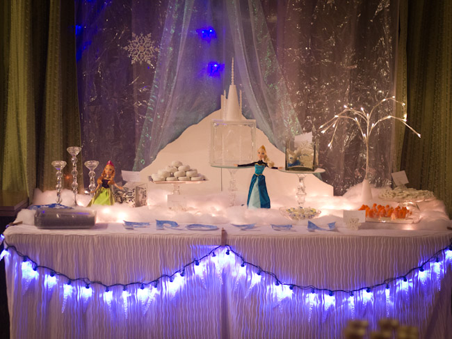 FROZEN party Winter Tablescape-0001