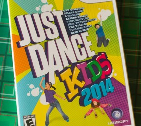 Just Dance 2013 Review gifts-9808