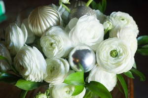 ranunculus hoilday flower arrangement-9982