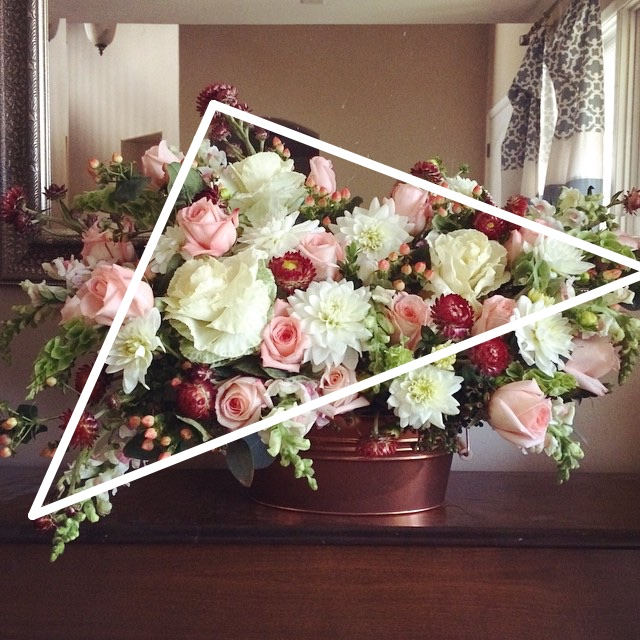 flower arrangement triangle