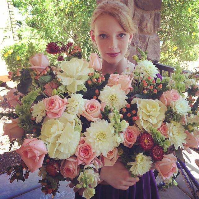 modern garden flower arrangement Kira
