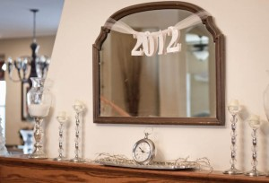 New Year's Mantle